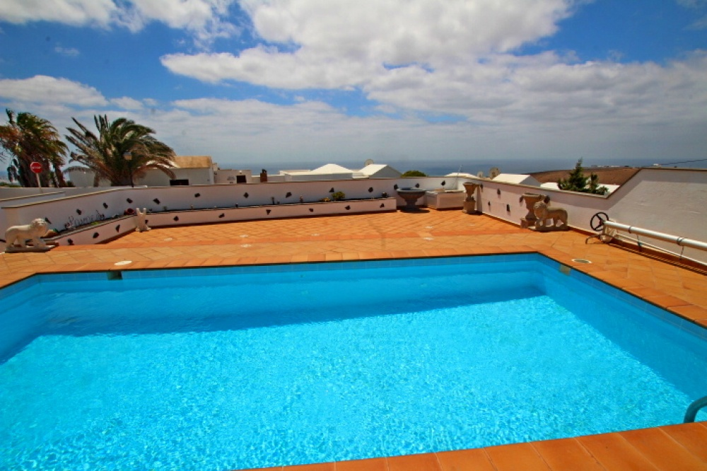 4 Bedroom villa with private pool and great views. - Tias - lanzaroteproperty.com