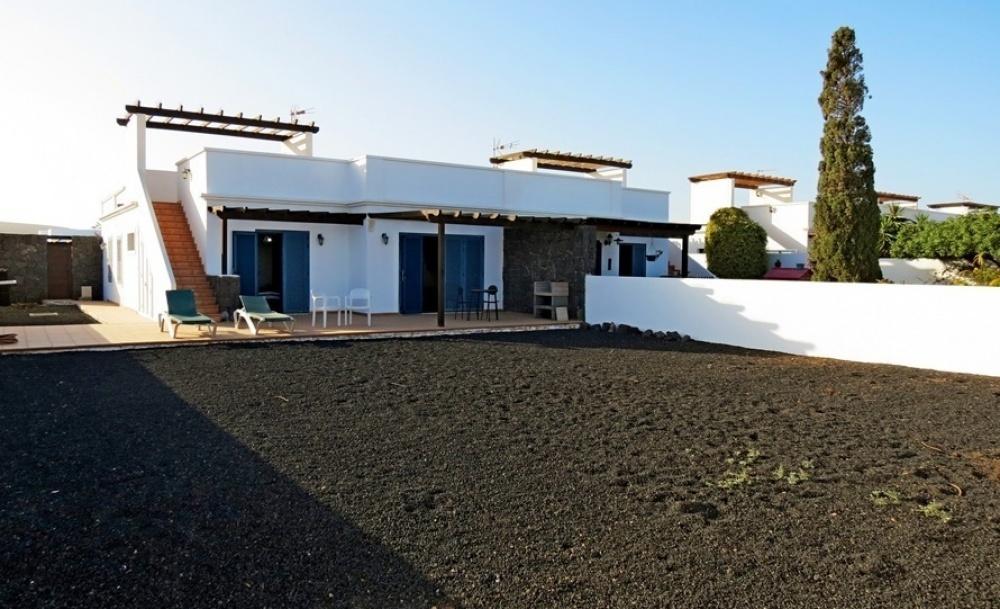 Semi detached villa for sale in Playa Blanca - Playa Blanca - lanzaroteproperty.com