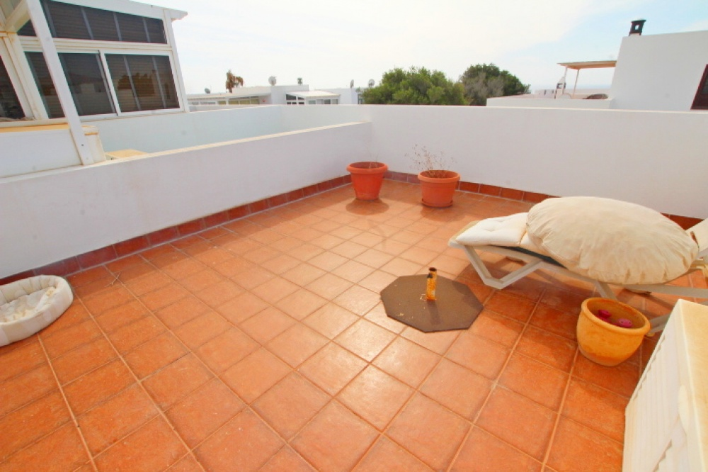 2 bedroom house with roof terrace and stunning views for sale in Puerto Calero - Puerto Calero - lanzaroteproperty.com