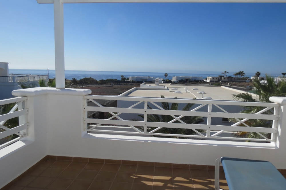 4 bedroom villa with pool and sea views in Puerto Calero - Puerto calero - lanzaroteproperty.com