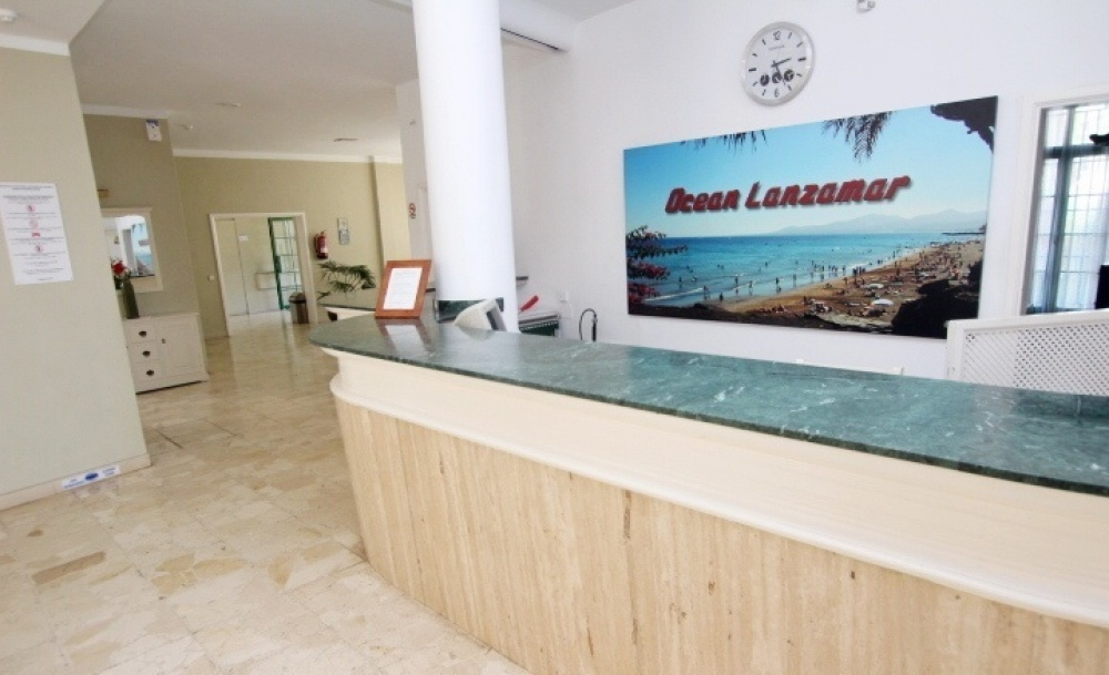 Top floor 1 bedroom apartment in a popular community in Puerto Del Carmen - Puerto del Carmen - lanzaroteproperty.com