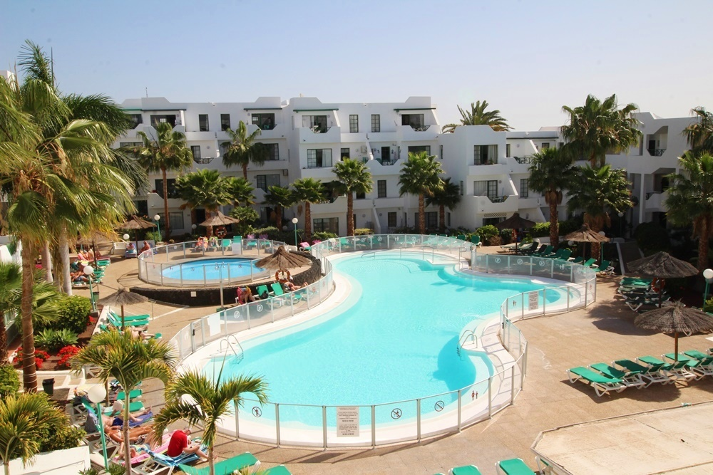 1 Bedroom 1 bathroom apartment with communal pool in Puerto del Carmen - . - lanzaroteproperty.com
