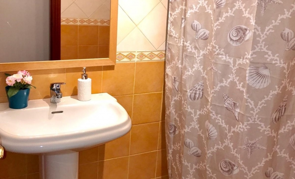 3 Bedroom 2 bathroom apartment for sale in El Charco of Arrecife - Arrecife - lanzaroteproperty.com