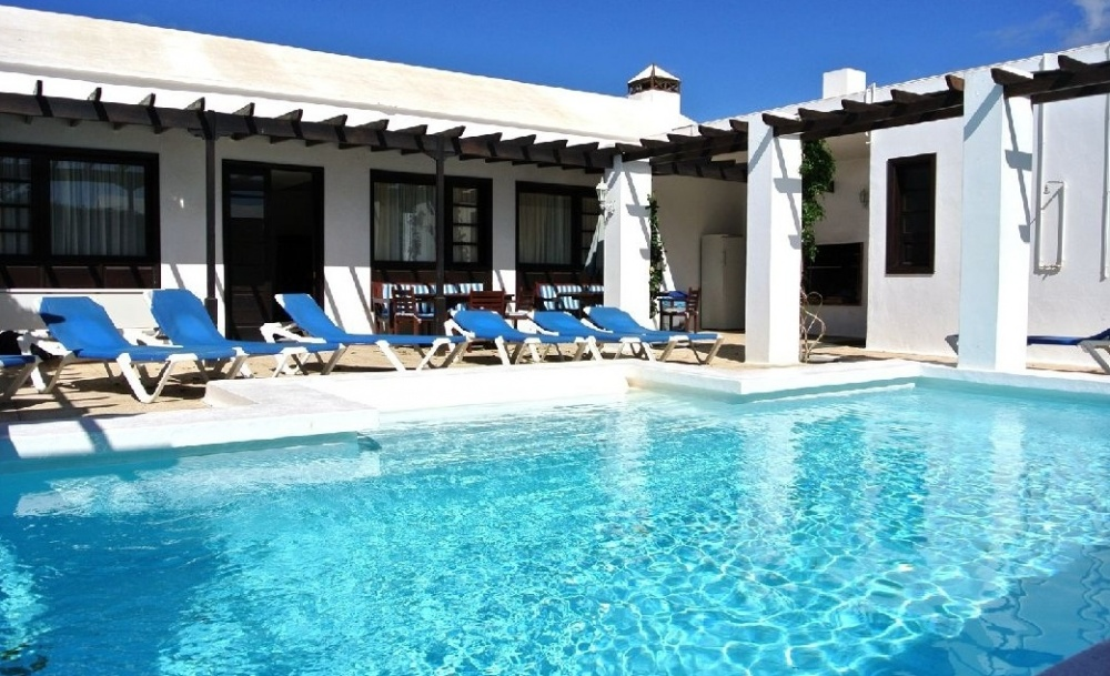 2 Stunning villas Ideal for holiday Letting in Los Mojones - Los Mojones - Puerto del Carmen - lanzaroteproperty.com