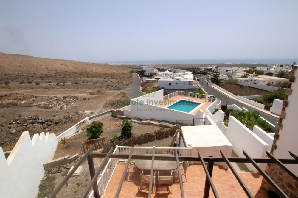 Large House for Sale in Tias - Tias - lanzaroteproperty.com