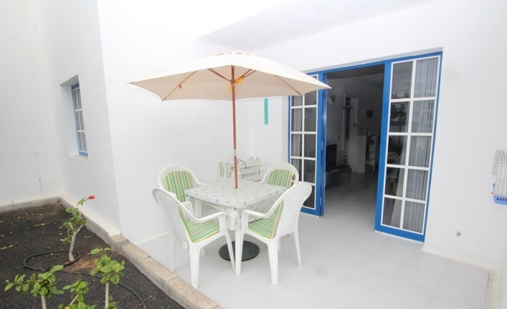 Ground floor 1 bedroom apartment with communal in Puerto del Carmen - Puerto del Carmen - lanzaroteproperty.com