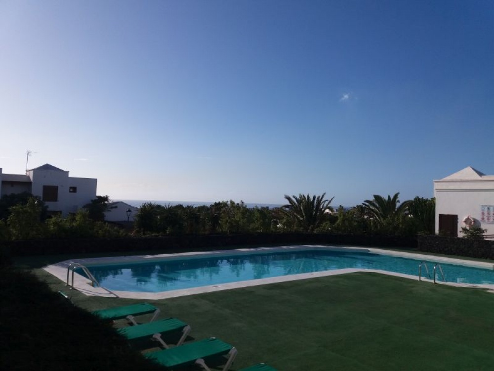 Ground floor apartment on a quiet complex for sale in Costa Teguise - Costa Teguise - lanzaroteproperty.com