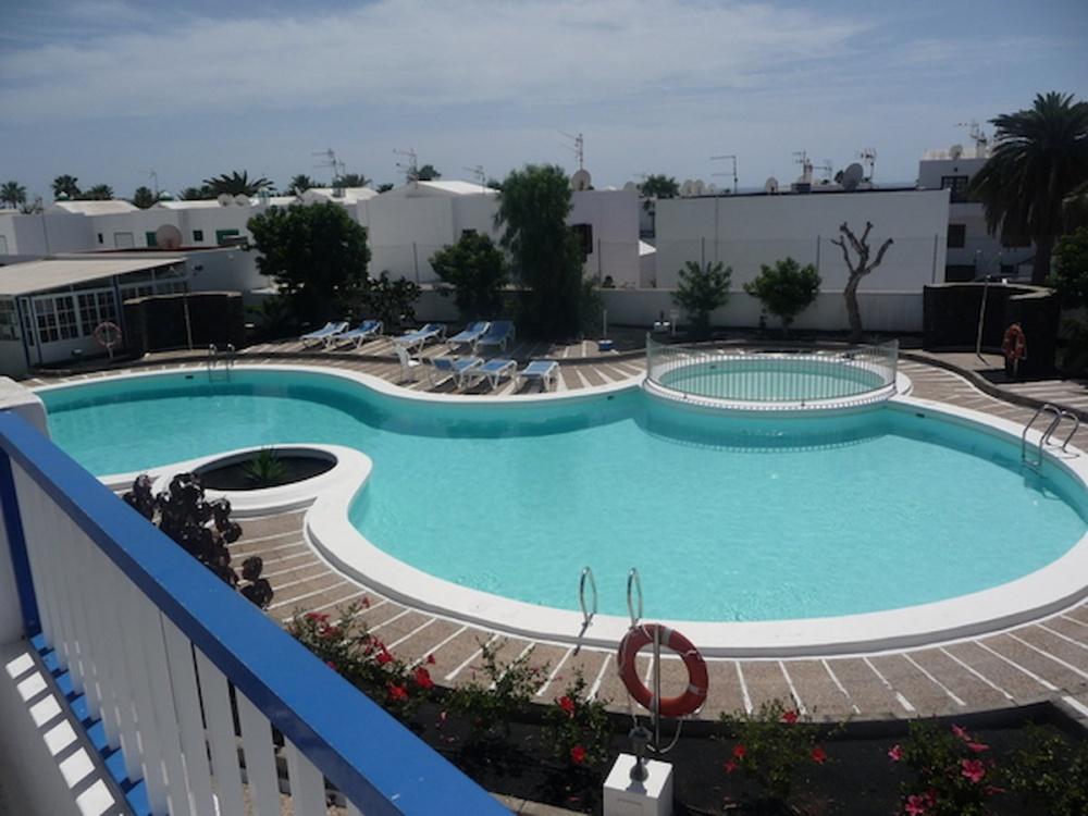 South faced 1 bed apartment on private, gated complex in Puerto del Carmen - Puerto del Carmen - lanzaroteproperty.com