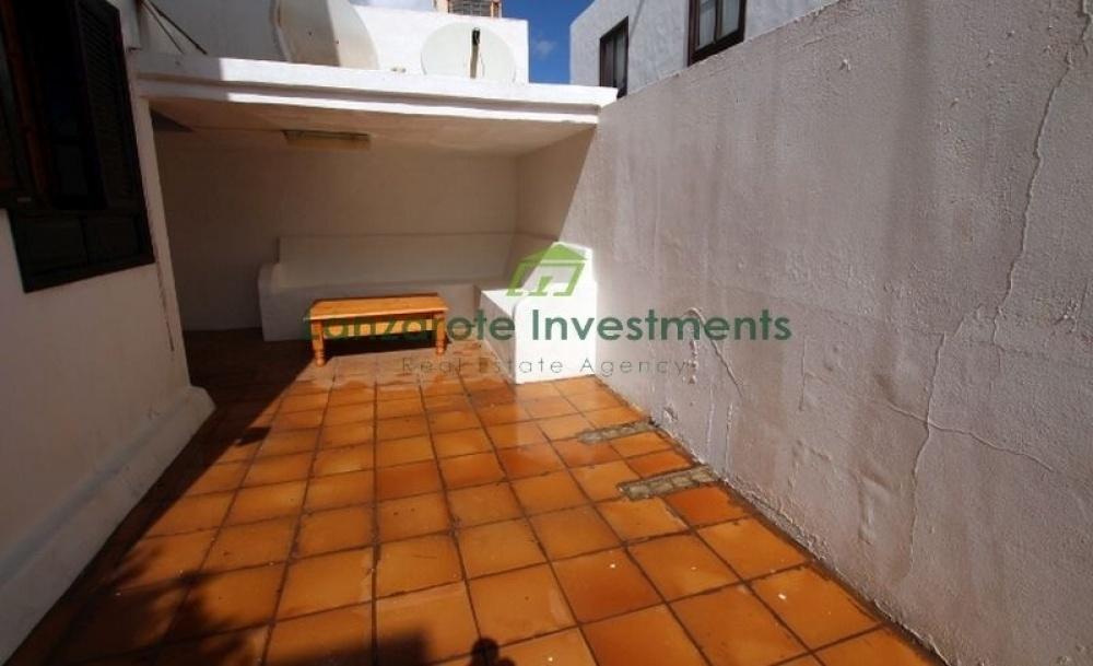 3 bedroom apartment in central Tias - tias - lanzaroteproperty.com