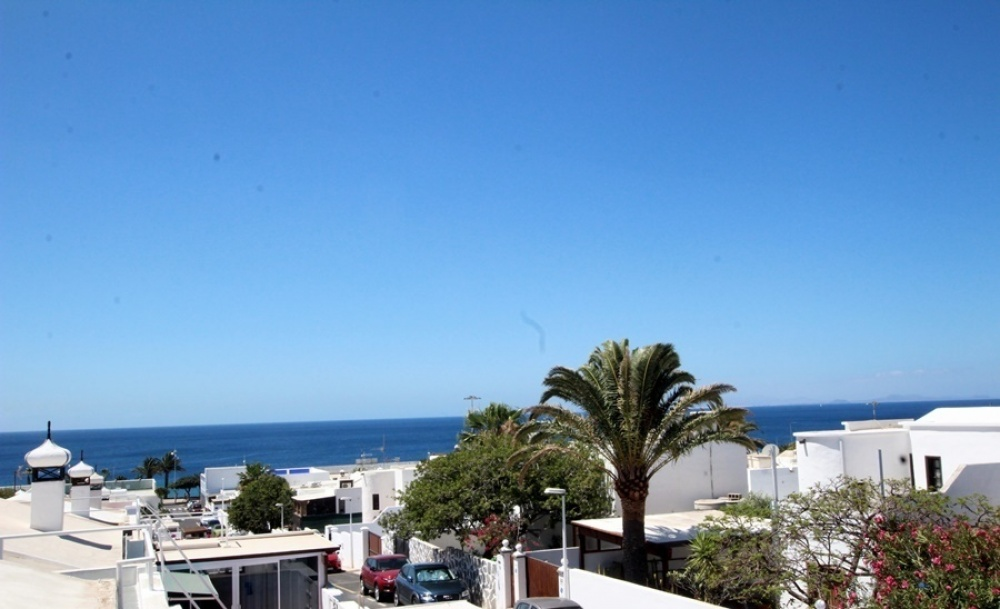 2 Bedroom 1 bathroom property with large terrace in Puerto del Carmen - Puerto del Carmen - lanzaroteproperty.com