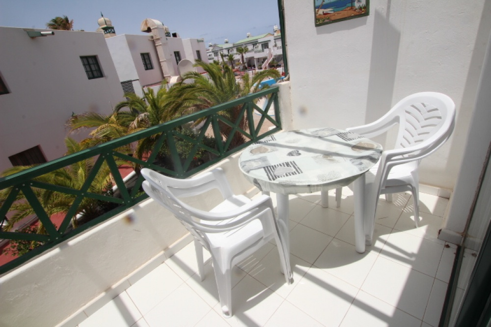1 bedroom first floor apartment for sale in a secure complex in Matagorda - matagorda - lanzaroteproperty.com