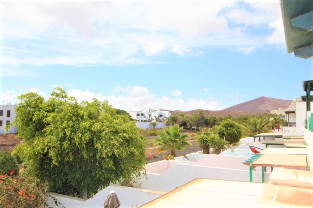 2 bedroom duplex with spacious terrace for sale in Costa Teguise - Costa Teguise - lanzaroteproperty.com