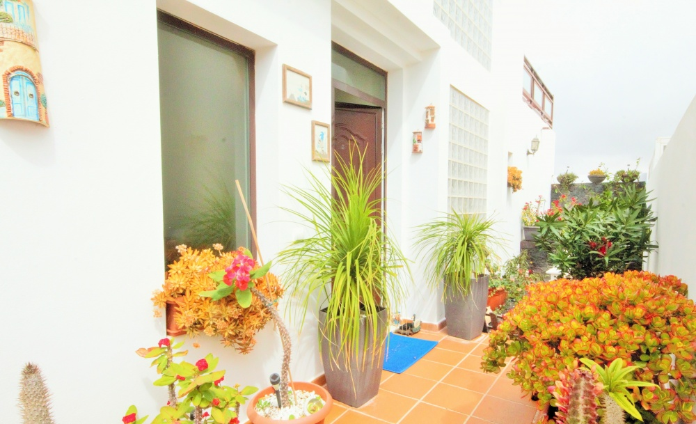 Beautiful 3 bedroom house for sale in the lovely town of San Bartolome - San Bartolome - lanzaroteproperty.com