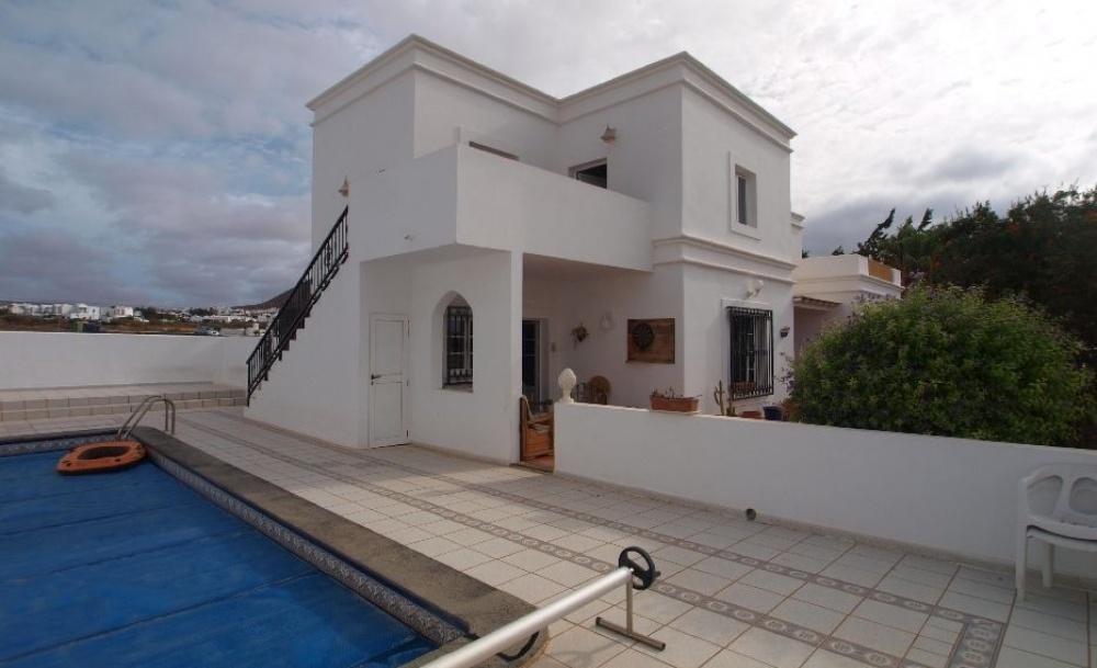 3 Bedroom Villa with Apartment in Tahiche - Tahiche - lanzaroteproperty.com