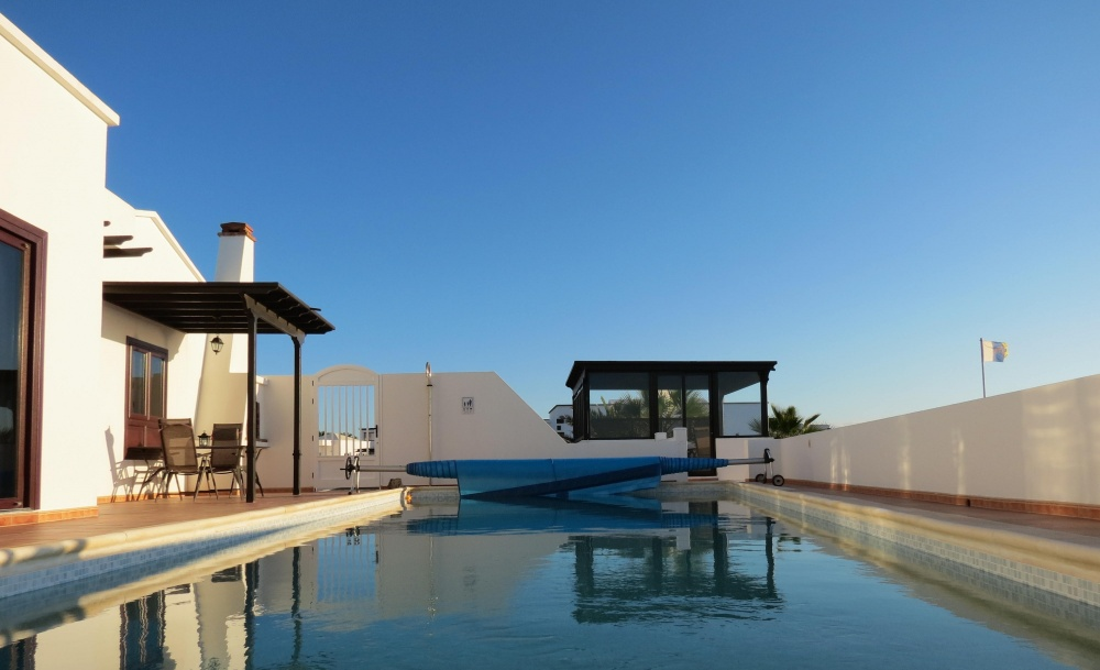 Luxury 3 Bedroom villa with private pool and panoramic sea view for sale - Playa Blanca - lanzaroteproperty.com