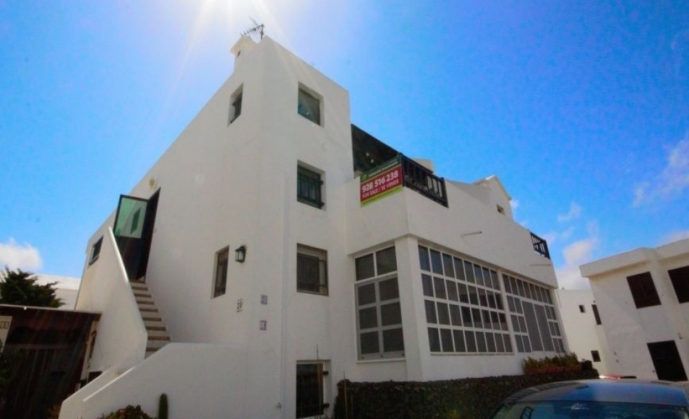 Large 3 Bedroom Apartment with Terrace in Tias Village - Tias - lanzaroteproperty.com