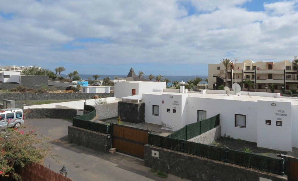 Beautiful 4 bedroom villa for sale with private pool in Playa Blanca - Playa Blanca - lanzaroteproperty.com