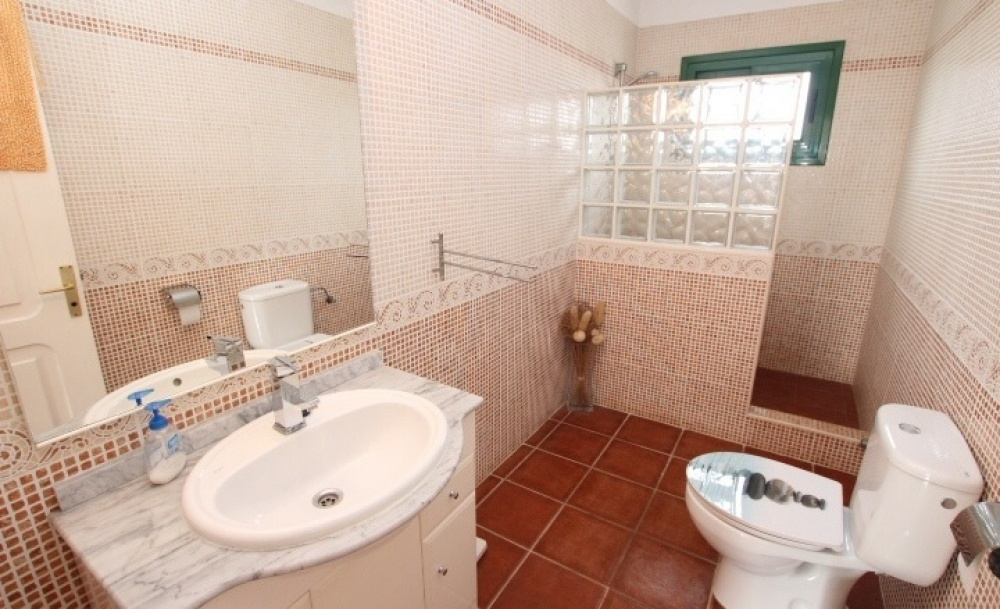 1 Bedroom apartment with communal pool for sale in Matagorda - Puerto del Carmen - lanzaroteproperty.com