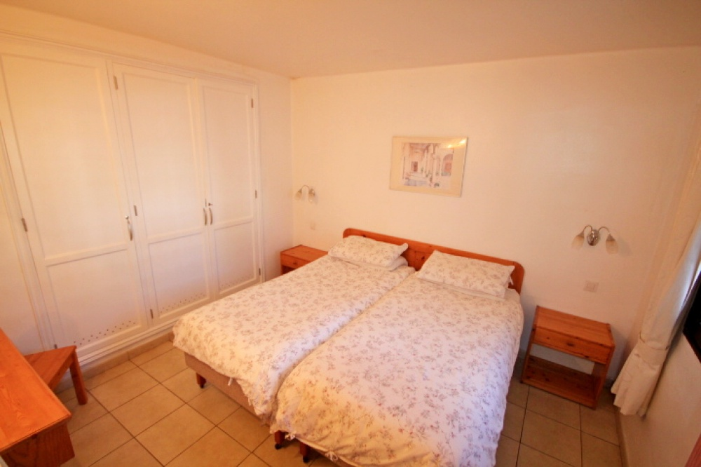 2 Bedroom bungalow for sale in Playa Bastian, Costa Teguise - costa teguise - lanzaroteproperty.com
