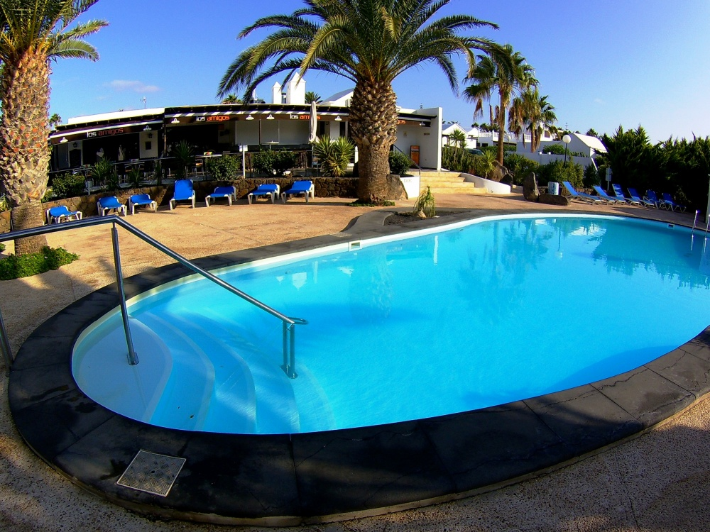 1 bedroom apartment for sale in Playa Bastian - Costa Teguise - lanzaroteproperty.com