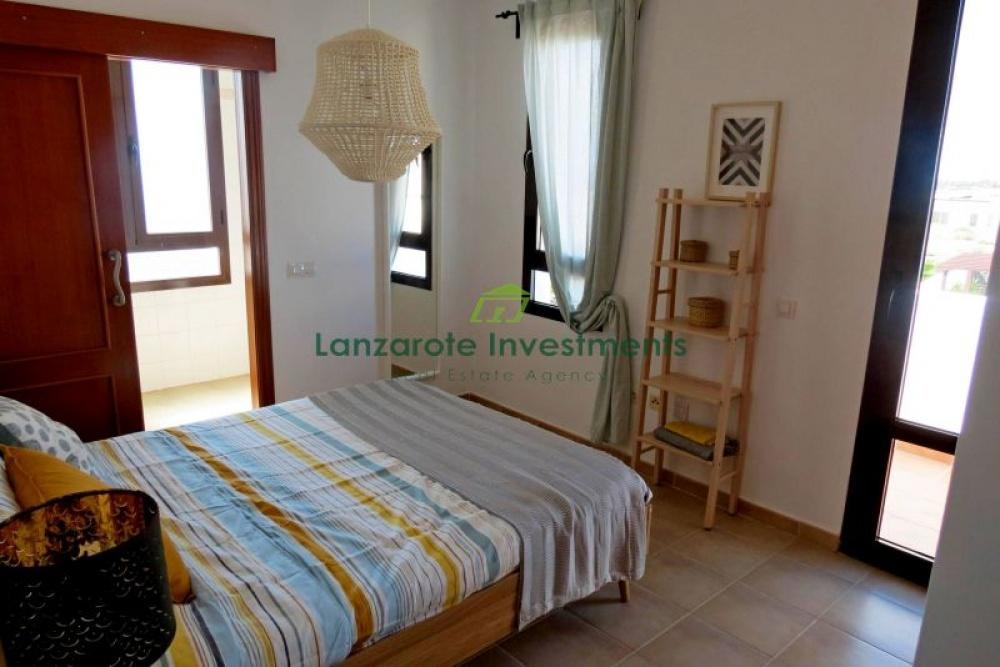 2 bedroom villas with pool and garden for sale in Playa Blanca - Playa Blanca - lanzaroteproperty.com