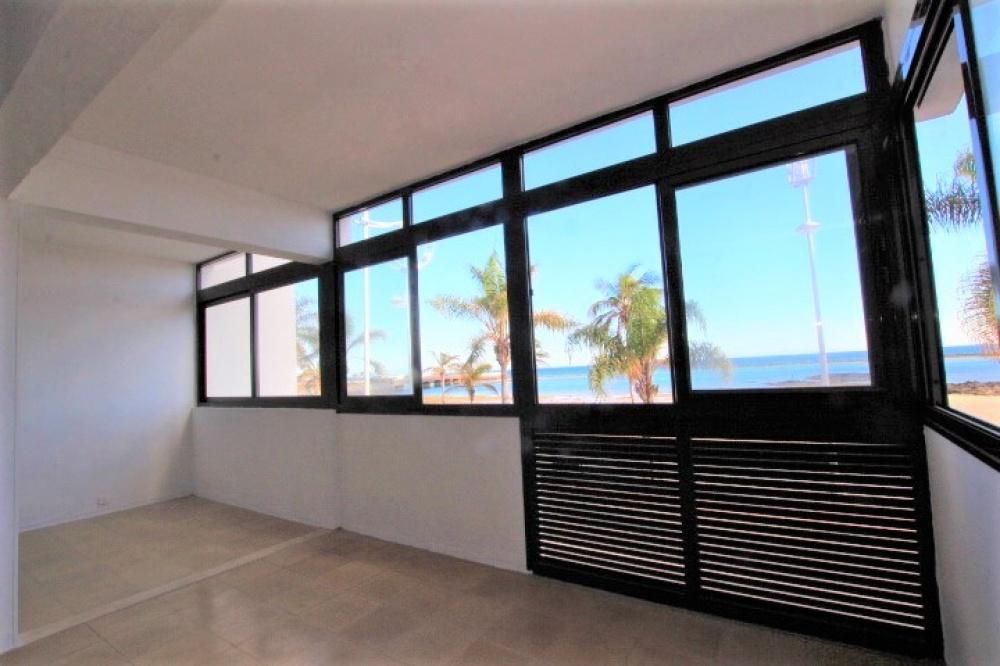 3 bedroom apartment with sea views for sale in Arrecife - arrecife - lanzaroteproperty.com
