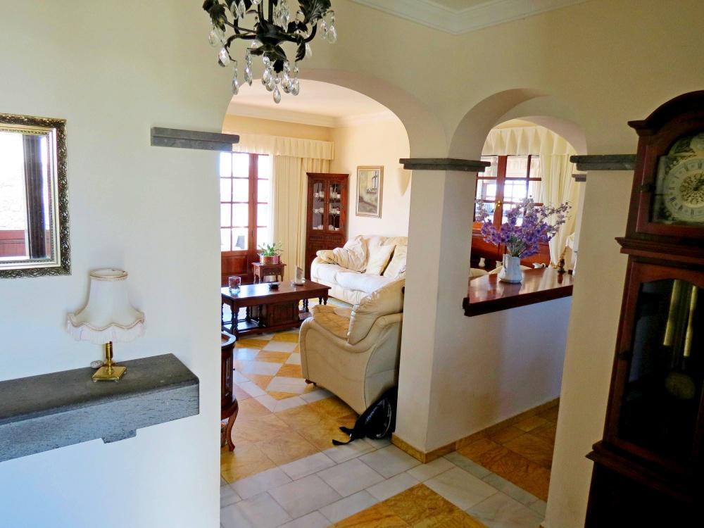 2 bedroom villa with communal pool for sale in Playa Blanca - playa blanca - lanzaroteproperty.com