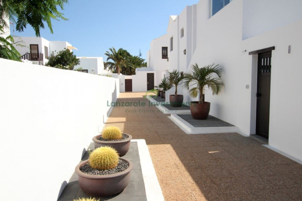 Two Bedroom Apartment in El Cable - El Cable - lanzaroteproperty.com