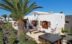 2 Bedroom villa with communal pool for sale in Playa Blanca - Playa Blanca - Property Picture 1
