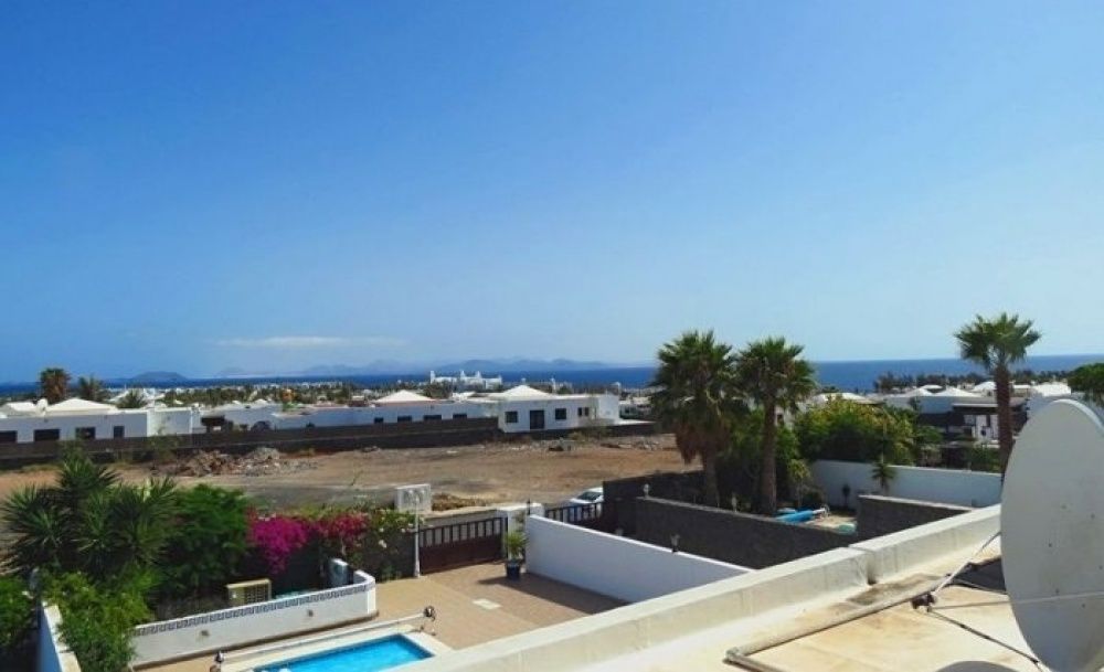 6 bedroom luxury villa in Playa Blanca - Playa Blanca - lanzaroteproperty.com