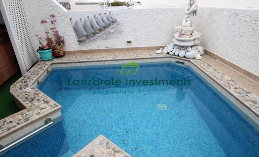 4 bedroom house in Playa Honda with private pool and Jacuzzi - Playa Honda - lanzaroteproperty.com