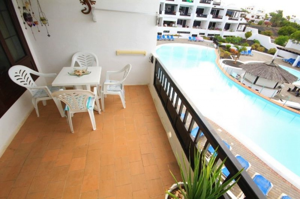 1 bedroom apartment for sale in Playa Bastian, Costa Teguise - costa teguise - lanzaroteproperty.com