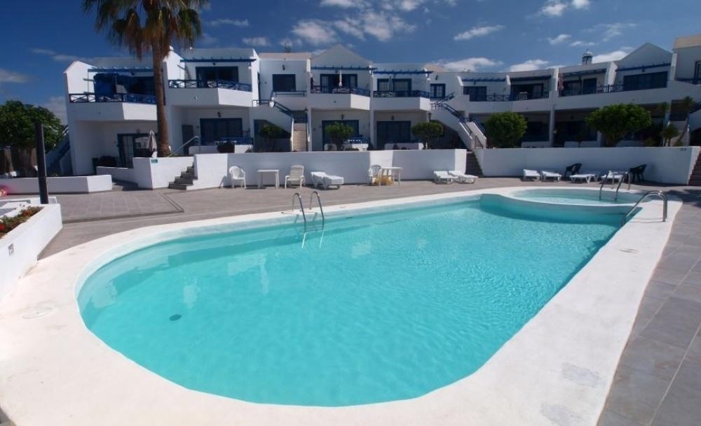 For sale two bedroom top floor apartment in central Puerto del Carmen - Puerto del Carmen - lanzaroteproperty.com