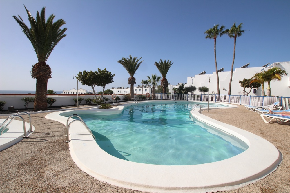 1 Bedroom 1 bathroom apartment with communal pool for sale in Puerto del Carmen - Puerto del Carmen - lanzaroteproperty.com