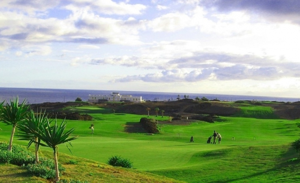 Two impressive building plots with uninterrupted sea and course views for sale on the Tias Golf Course (02271) - Puerto del Carmen - lanzaroteproperty.com